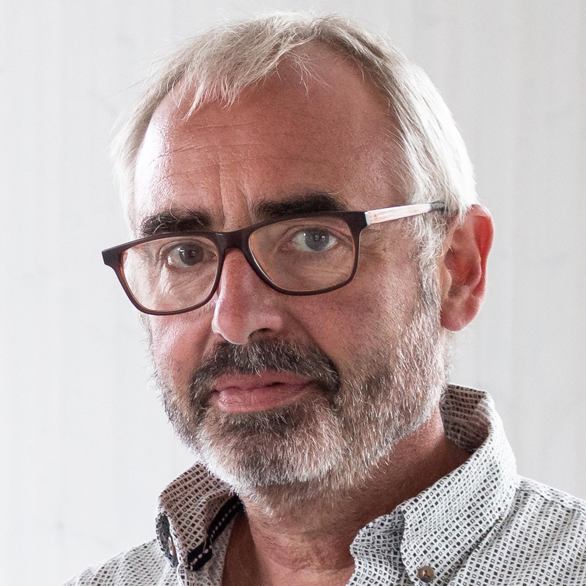 Elmar Willems, Produktionsentwicklung und Gebäudetechnik, HASE Kaminofenbau